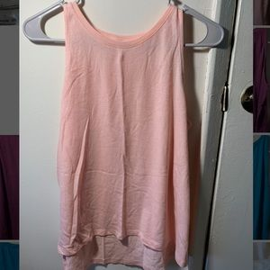Workout/casual tank top hi-lo